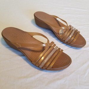 Crocs Size 8 Strappy Wedge Sandals